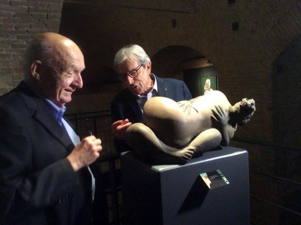 """Con il Prof. Antonio  Paolucci  direttore dei Musei Vaticani alla Mostra """" Dei ed Eroi """" Museo Civico di Siena"""